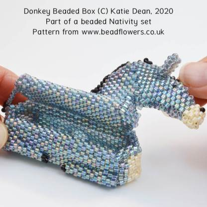 Donkey beading pattern for a beaded box, beaded Nativity, Katie Dean, Beadflowers