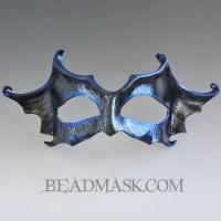 crackled-bat-mask