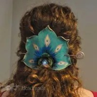 peacock fan hair slide