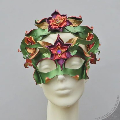 fairy mask and crown