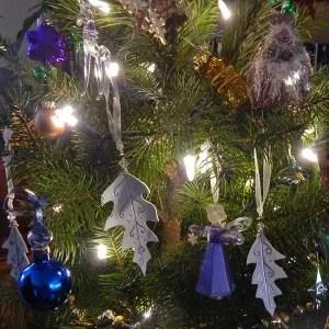 winter oak ornaments