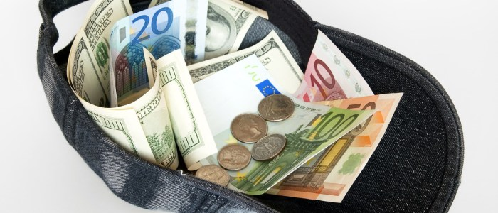 How to Get Paid When You Blog Internationally: Cash, Cheques, Transfers and Confused Bank Tellers