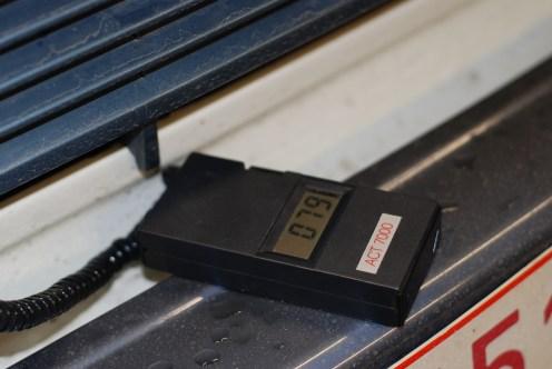 Meten op goede doorstroming van de radiator,tempperatuur net na het ontluchten. Praktisch overal even warm.