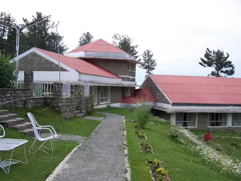visit to muree Murree, the queen of montains is a must visit place for everyone murree tour and patriata tour is organized to explore the beauty of galyat sector murree trips can be easily done from islamabad.