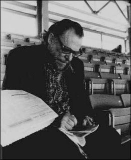 Summary and Analysis of Hot by Charles Bukowski