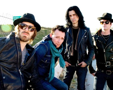 Scott Weiland and Wildabouts Review