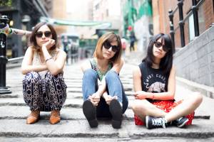 Tricot band review