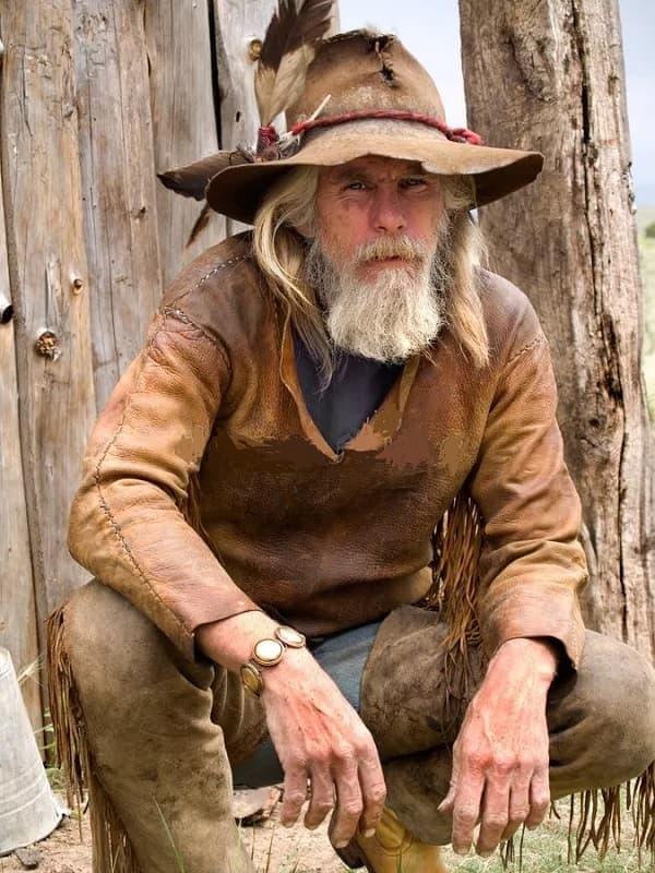 guy with full cowboy beard