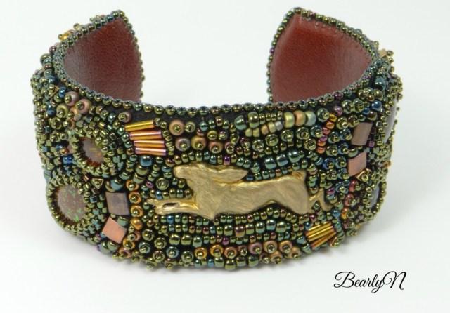 bracelet An Euonymus, lièvre en laiton