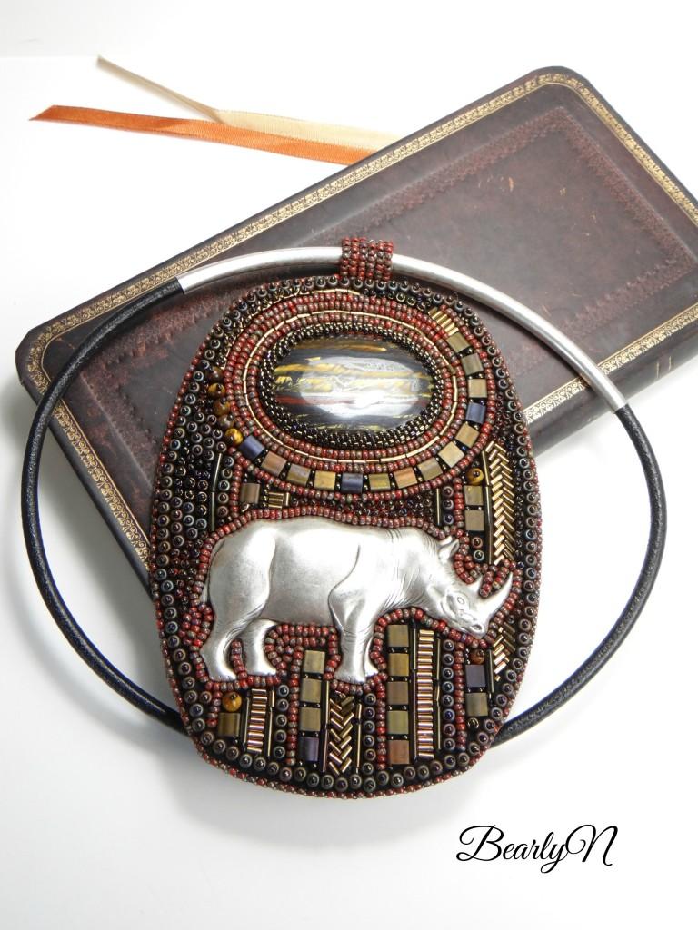 pendentif rhinocéros