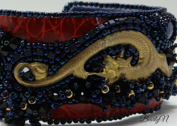 détail broderie chimere_BearlyN