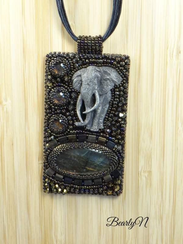 pendentif rectangulaire elephant_BearlyN