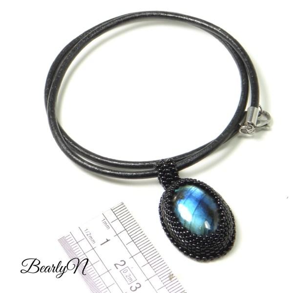labradorite bleue ovale_BearlyN