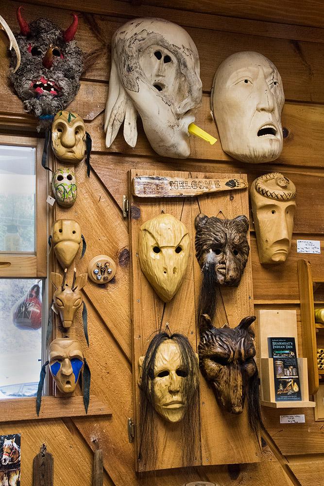 Native American Carvings In Cherokee Nc Bearmeat S