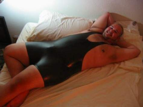 Big Bear in lycra singlet