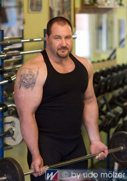 Handsome Strongman 05