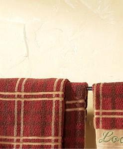 Pinecone Metal Towel Bar 24in