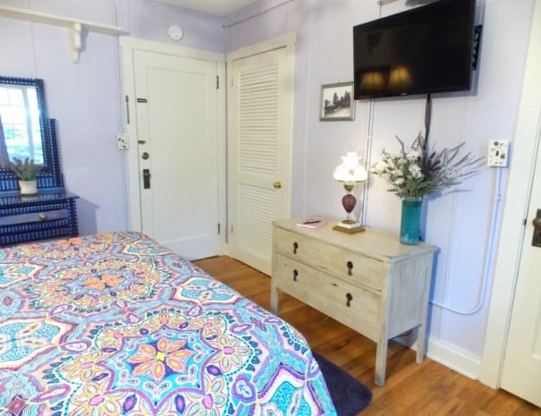 Marshdale-room-2