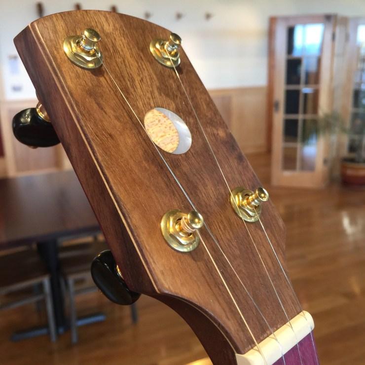 banjo 015 headstock