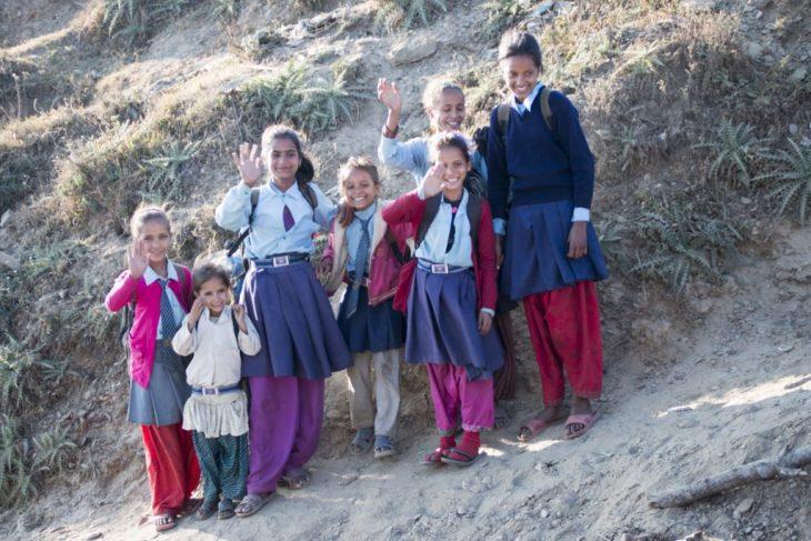 Nepal es así. Pongamos una sonrisa en nuestras caras y continuemos…