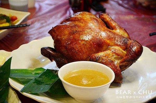 宜蘭美食│基隆甕仔雞宜蘭分店體驗試吃‧多汁油香烤雞和特色熱炒菜色