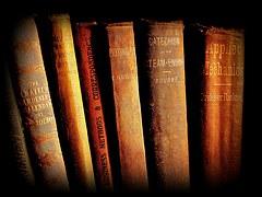 books-1002123__180