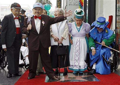 The munchkins finally get their star!