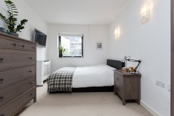 property_oftheweek_eastlondon_bedroom