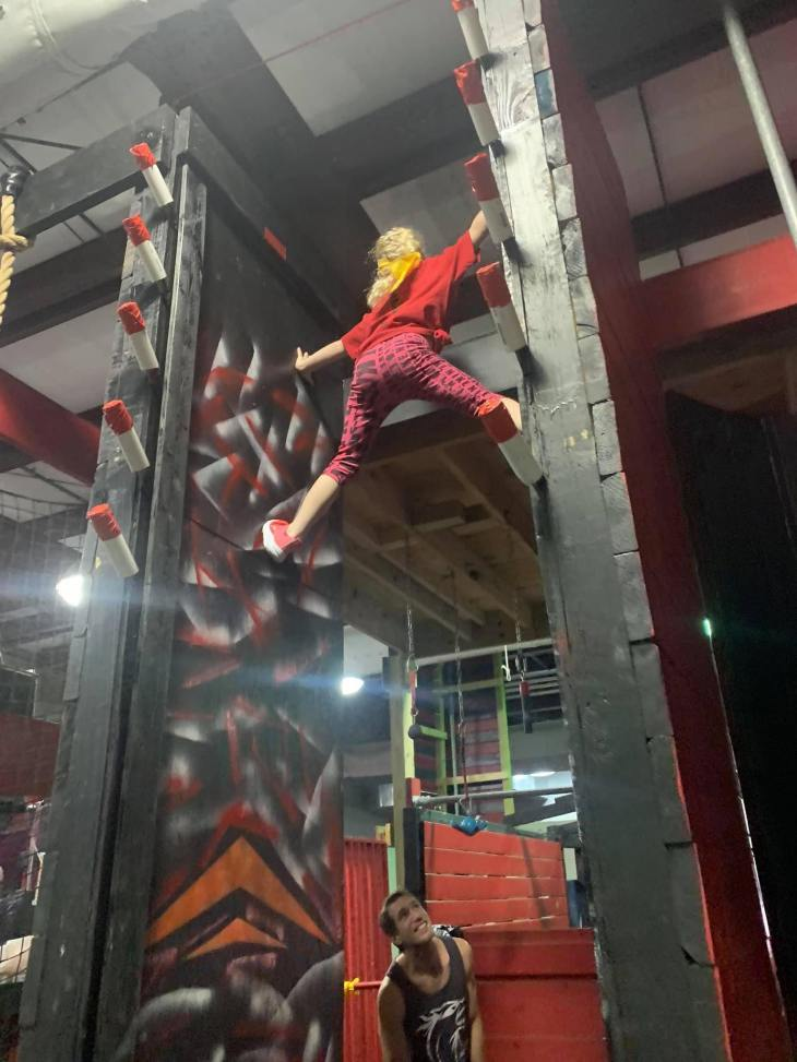 Vertical Spider Climb Wall