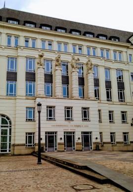 Cour Constitutionnelle: Constitutional Court
