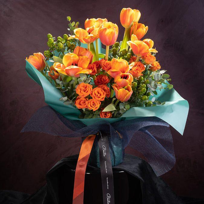 Solarize Podium Bouquet