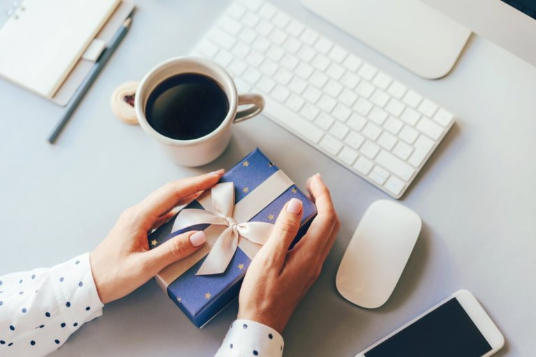 How Corporate Gifting Increases Productivity?