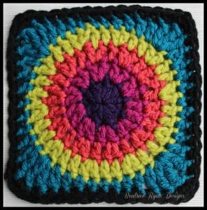 Granny's Circle in Square Blue