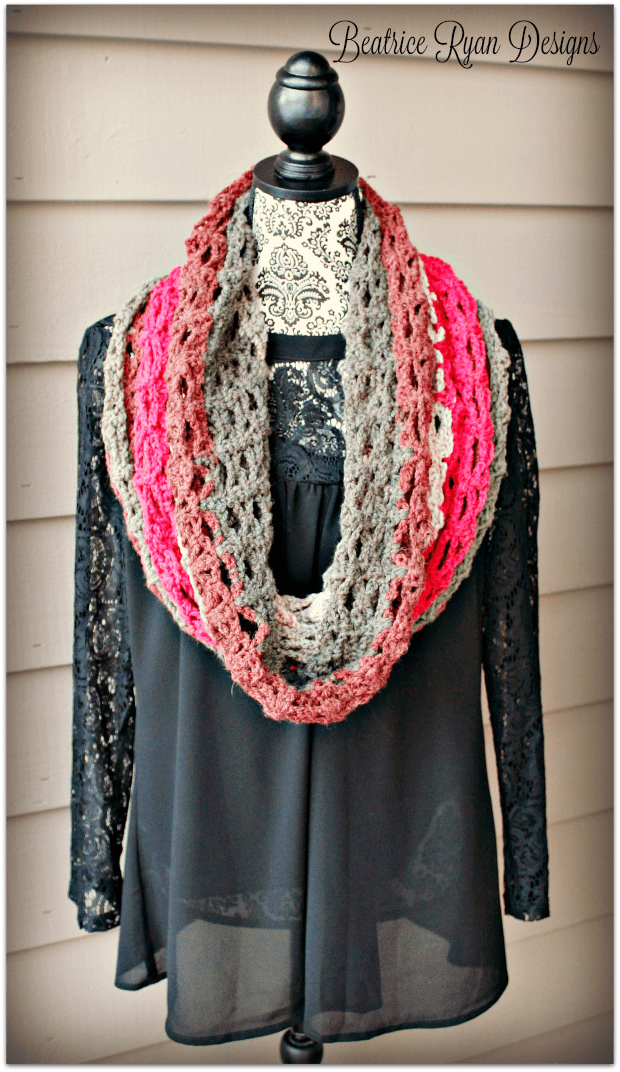 Winterberry Motiv-up Cowl ...免费钩针图案