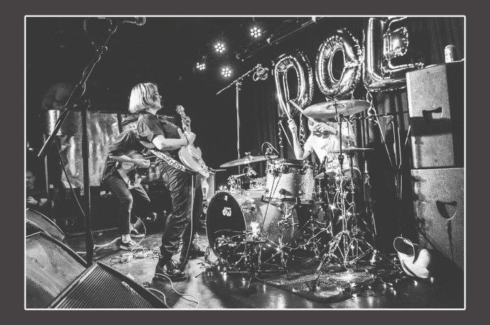 Doe release live album of farewell show