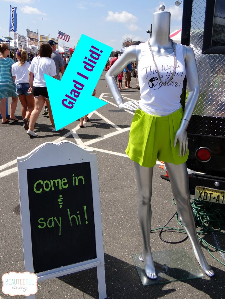 shoptherunaway_sign
