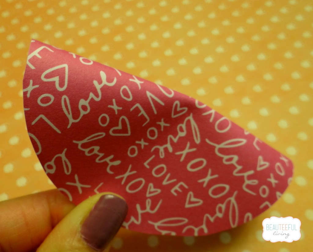 Paper fortune cookie crease