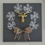 Winter Holiday Canvas Wreath DIY