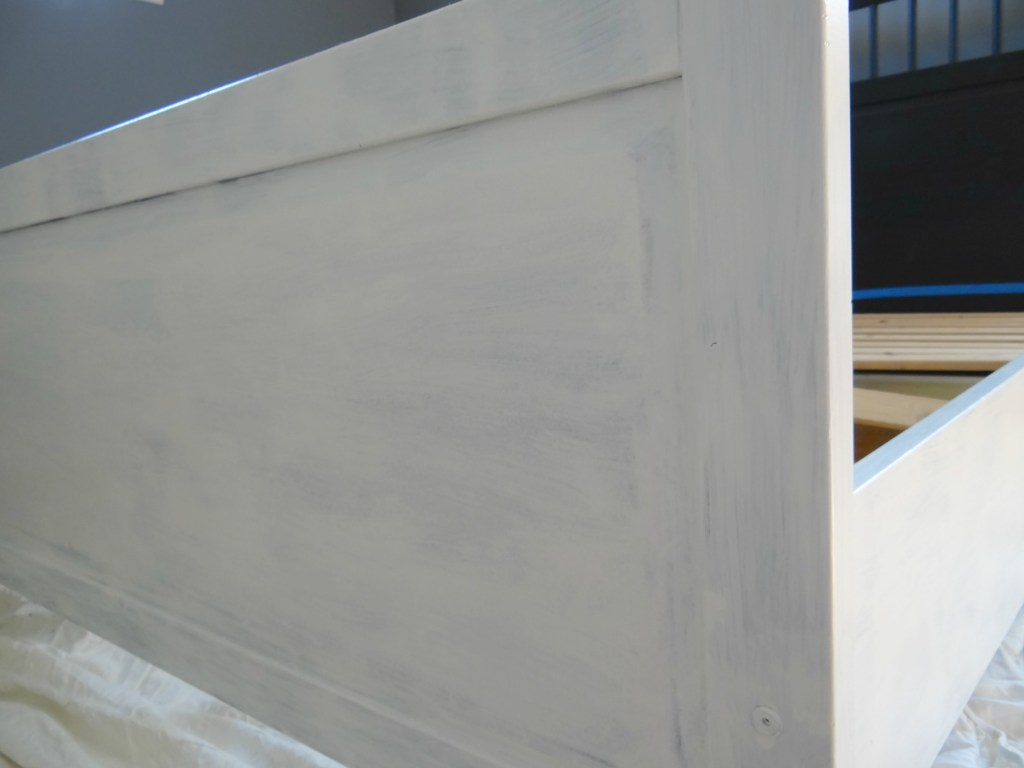 primer-paint-for-bed