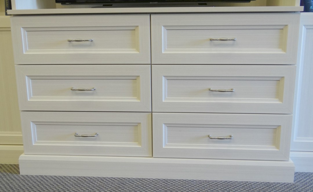 white-chocolate-cabinet-closet-possible