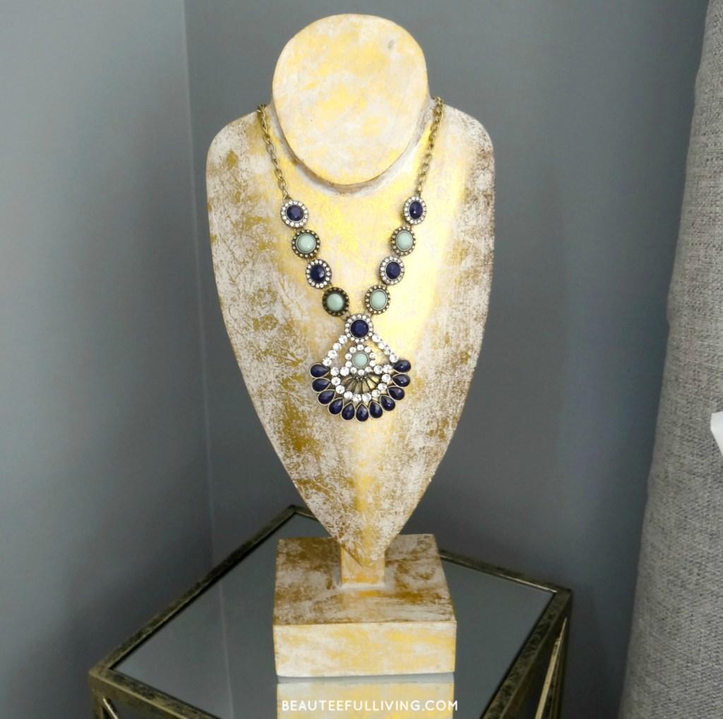 modern-glam-necklace-holder-beauteeful-living