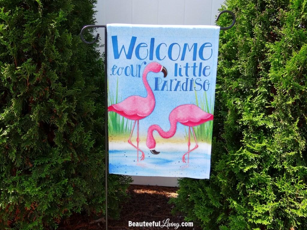 Flamingo garden flag