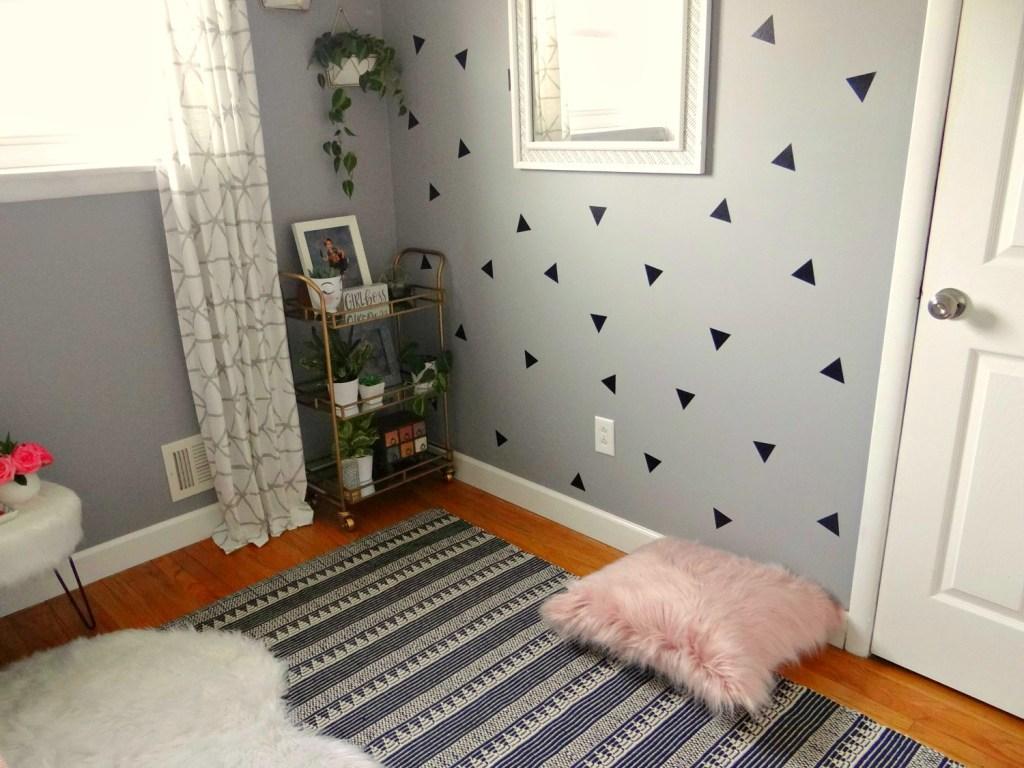 Room textiles on floor - Beauteeful Living
