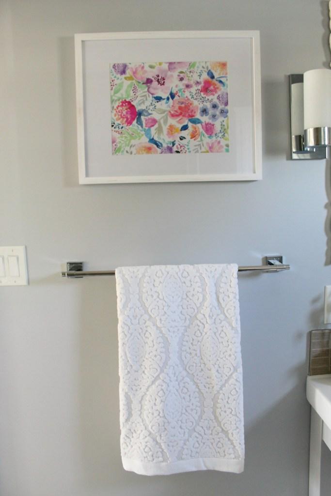 Damask white towel - Beauteeful Living