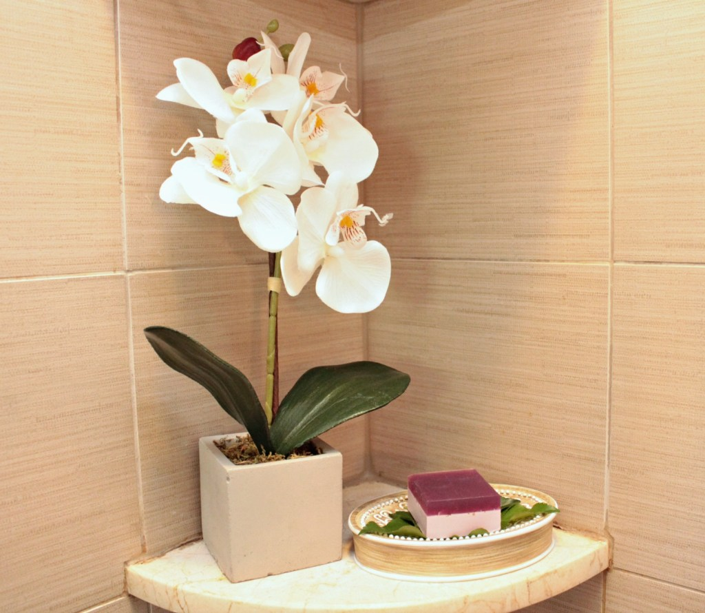 Orchid and soap - Beauteeful Living