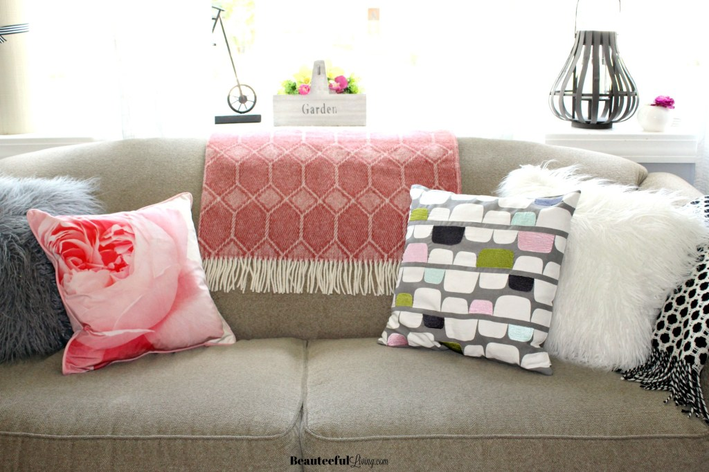 Glam living room sofa - Beauteeful Living