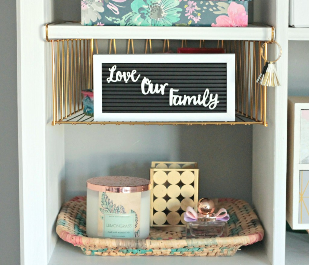 Bookshelf decor - Beauteeful Living
