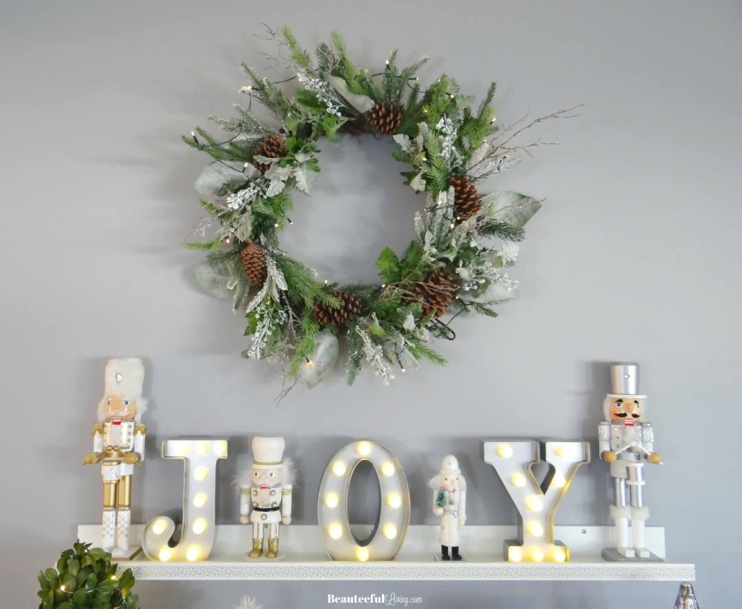Glam Christmas Wreath - Beauteeful Living