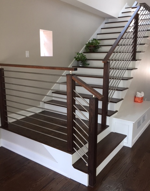Stairware House Horizontal Round Bar