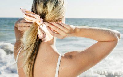 Se coiffer en été : nos conseils et astuces